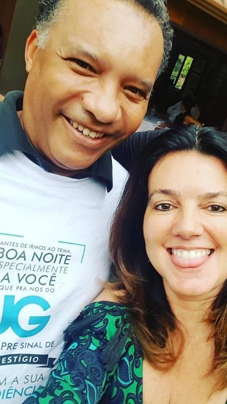 """O jornalista Heraldo Pereira aparece vestindo camiseta com seu bordão no """"Jornal da Globo"""" - Reprodução/Instagram/maraluquet"""