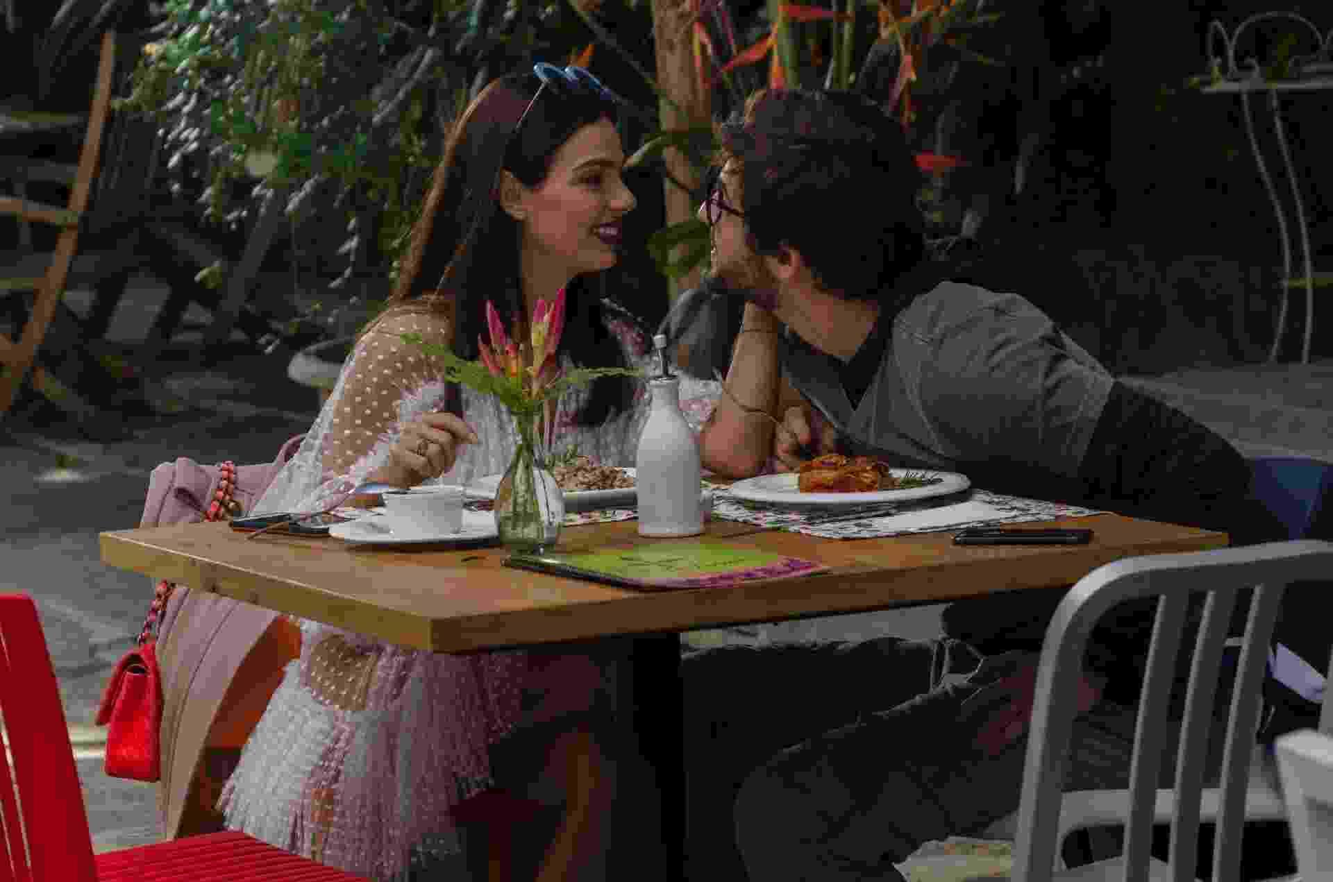 Looks do filme Amor.com 1 - Divulgação