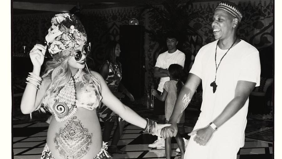 Beyoncé e o marido, Jay-Z, no chá de bebê dos filhos gêmeos - Reprodução/Instagram
