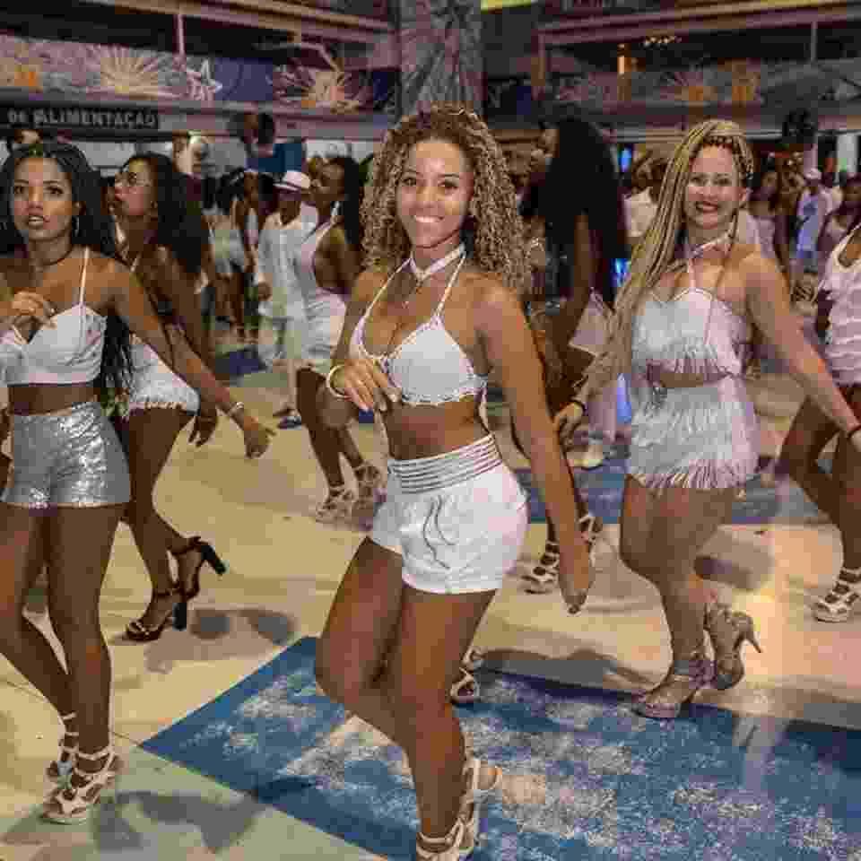Beija-Flor Carnaval Último ensaio de 2017 - Eduardo Hollanda/Divulgação
