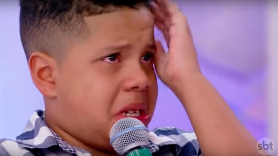 Criança chora ao saber que não foi o vencedor de quadro apresentado por Silvio Santos - Reprodução