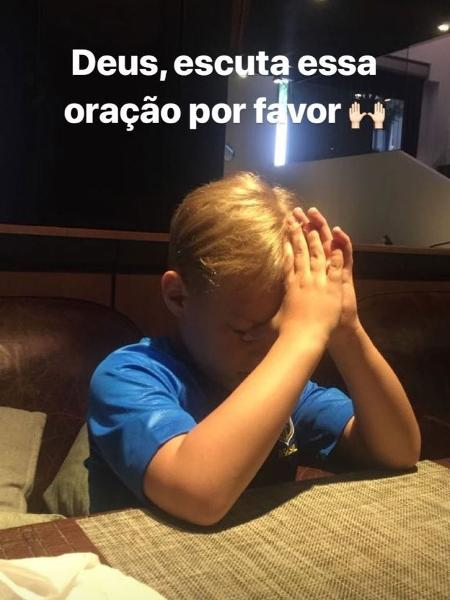Menino tem 6 anos e vive na Espanha  - Reprodução/Instagram/candantas