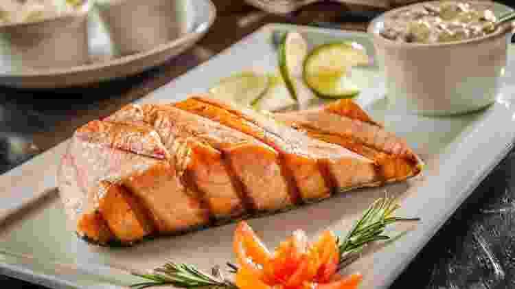 Salmão grelhado - iStock - iStock