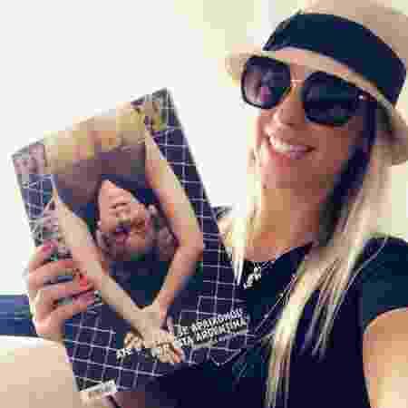 Antonela posa com sua Playboy - Reprodução/Instagram/antonela_avellaneda - Reprodução/Instagram/antonela_avellaneda