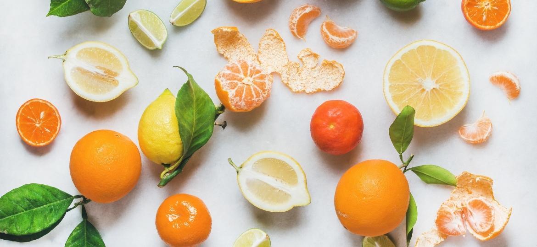 Frutas cítricas são ingrediente essencial para muitas receitas - até mesmo salgadas - Getty Images/iStockphoto