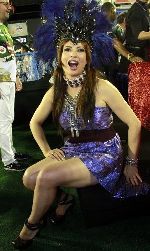 A atriz Isadora Ribeiro aproveita o desfile das escolas de samba do Grupo Especial no camarote do UOL. Ainda há ingressos para o CarnaUOL na Sapucai. Compre aqui Ainda há ingressos para o CarnaUOL na Sapucai. Compre aqui