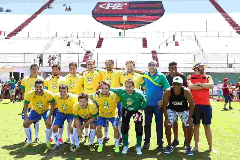 Diversos famosos participaram de uma partida de futebol em comemoração aos 122 anos do Flamengo. O jogo ocorreu no campo de treinamento do Clube na Gávea, na Zona Sul do Rio de Janeiro - Roberto Filho/Brazil News