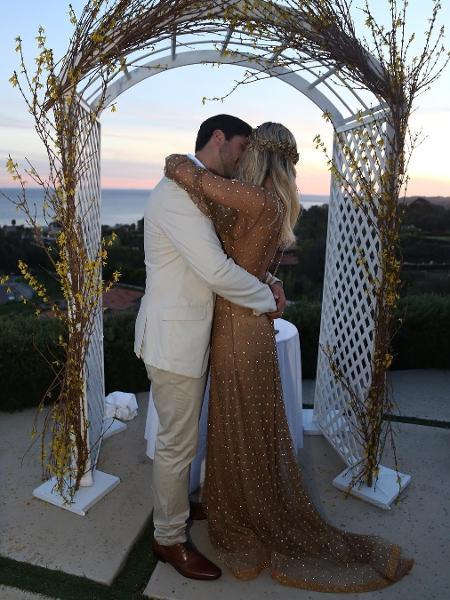 Marcio Pedreira e Claudia Leitte quando renovaram os votos de casamento em Malibu - Reprodução/Instagram