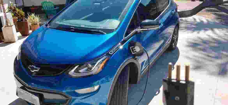 """Eis o Chevrolet Bolt de Marcelo Souza: unidade """"azul metálico Kinect"""" levou nove meses para vencer burocracia - Arquivo Pessoal"""