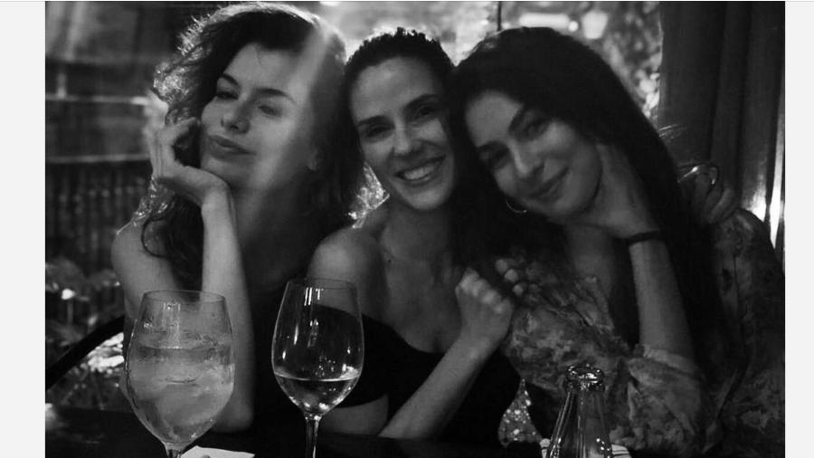 Alinne Moraes, Rafaela Mandelli e Marina Moschen - Reprodução/Instagram