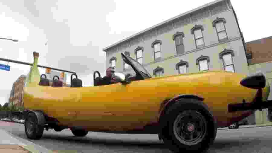 Carro banana nos EUA - Reprodução