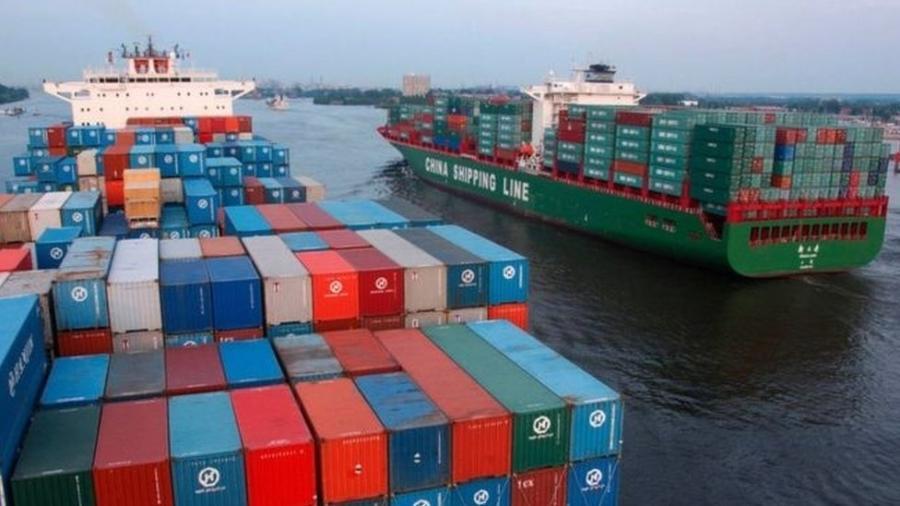 Organização Marítima Internacional das Nações Unidas reduz em 77% o limite de emissões de enxofre nas emissões produzidas pelos navios - Getty Images via BBC