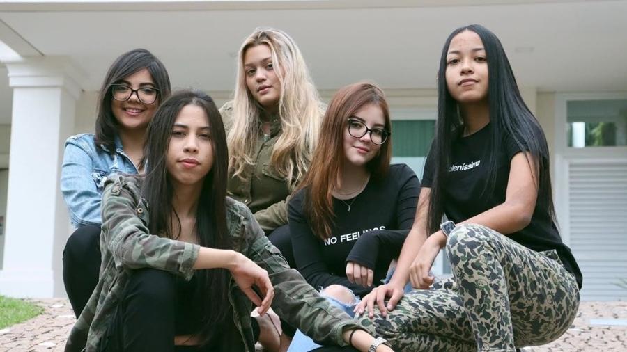 Jogadoras da SS E-Sports Free Fire, que formou uma equipe mista e subiu para a Série A na Liga Brasileira - Reprodução/Instagram