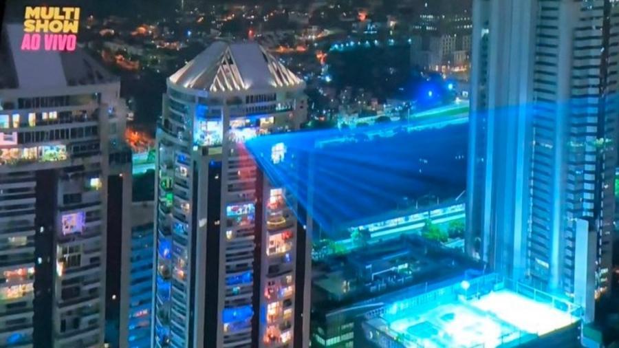 Live do apartamento de Alok ilumina o céu de bairro de luxo em São Paulo - Reprodução/Twitter
