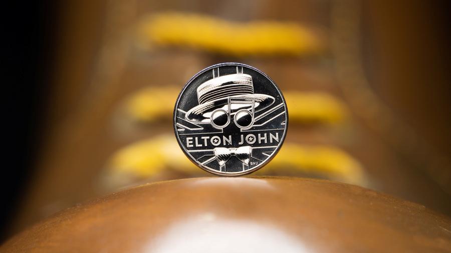 Elton John ganha moeda comemorativa no Reino Unido -  THE ROYAL MINT/ELTON JOHN/Handout via REUTERS