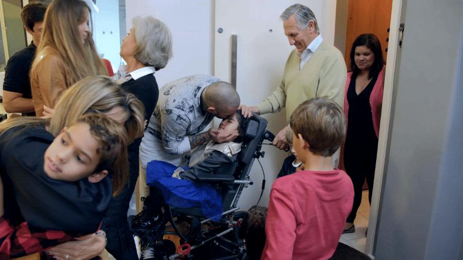 """Fogaça recebeu a filha Olívia no último episódio do """"200 graus"""", produzido pela Academia de Filmes para o Discovery Home & Health - Divulgação"""