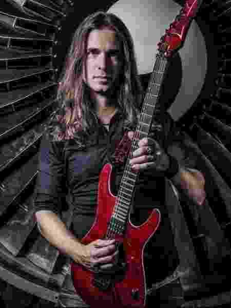 Kiko Loureiro faz show nesta terça e quarta com Megadeth - Divulgação
