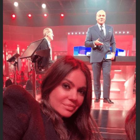 Simone Abdelnur, namorada de Marcelo de Carvalho, acompanha gravação do programa dele - Reprodução/Instagram