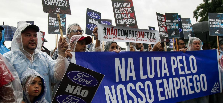 Passeata de operários Ford no ABC  - Miguel Schincariol/AFP