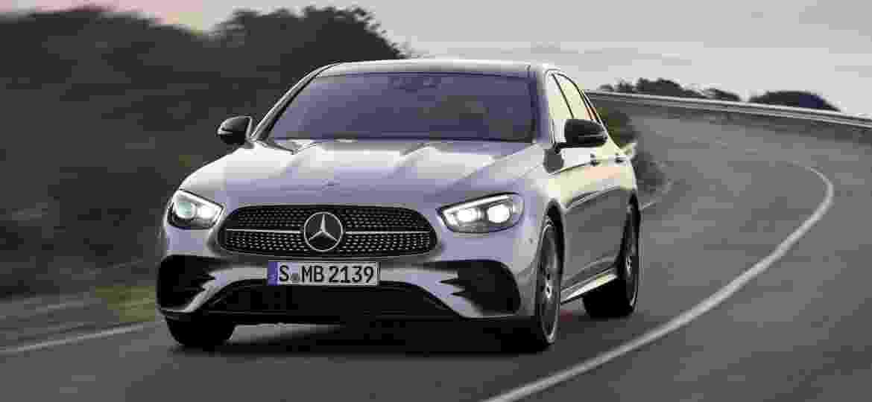 Sedã passa pelo primeiro facelift na geração atual - Divulgação
