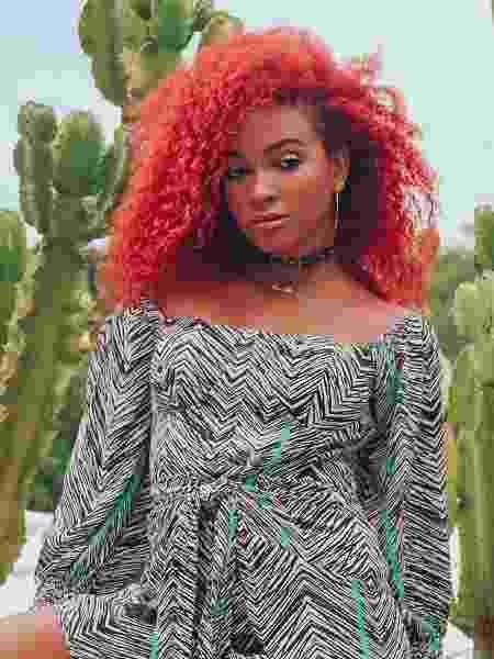 Arielle não se imagina usando outra cor no cabelo - Reprodução / Instagram - Reprodução / Instagram