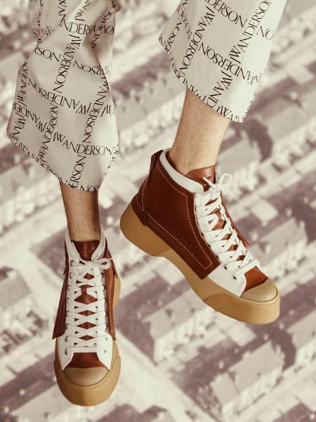 Sneaker da prmeira coleção de JW Anderson - Divulgação