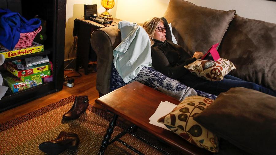 Robin Hempel, que começou a tomar antidepressivos por indicação de seu ginecologista - Cheryl Senter/The New York Times