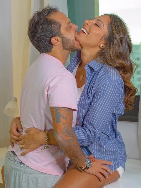 Thammy Miranda beija Andressa Ferreira - Reprodução/Instagram