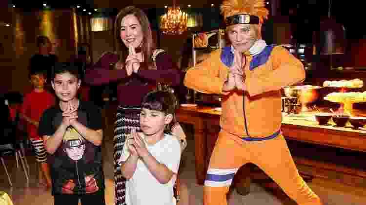 Zilú Godói faz pose inspirada em Naruto com os netos - Manuela Scarpa e Marcos Ribas/Brazil News