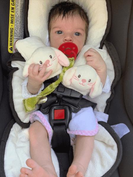 Maria, filha de Laura Neiva e Chay Suede - Reprodução/Instagram