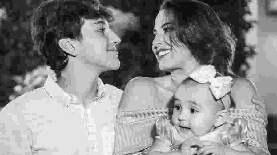 Laila Rocha com os filhos Henrique e Sophie: dois isolamentos involuntários durante suas gestações antes da pandemia de covid-19 - Arquivo Pessoal