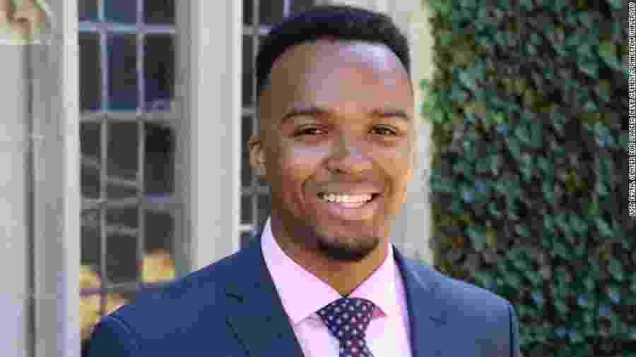 Nicholas Johnson, o primeiro valedictorian negro de Princeton - Reprodução/CNN