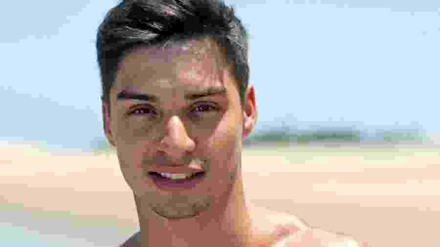 Victor Padula estava no bar com Prior e Nakagima, também ex-De Férias com o Ex - Divulgação/MTV