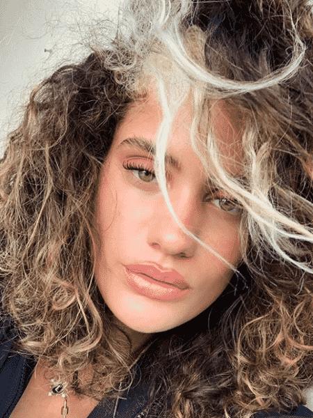 Laura Fernandez, nora de Preta Gil, fala que se acha sexy depois que passou a aceitar o próprio corpo - Reprodução/Instagram @laura