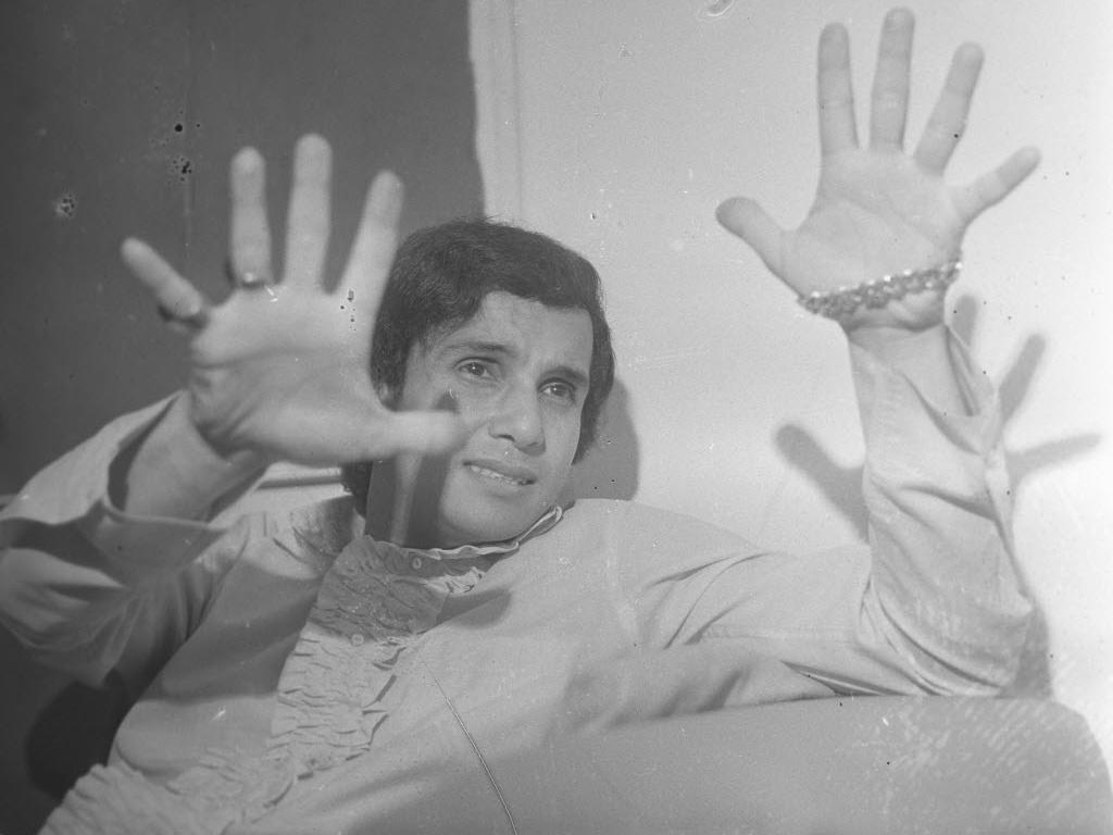 O cantor Roberto Carlos, jovem, em foto de 1966