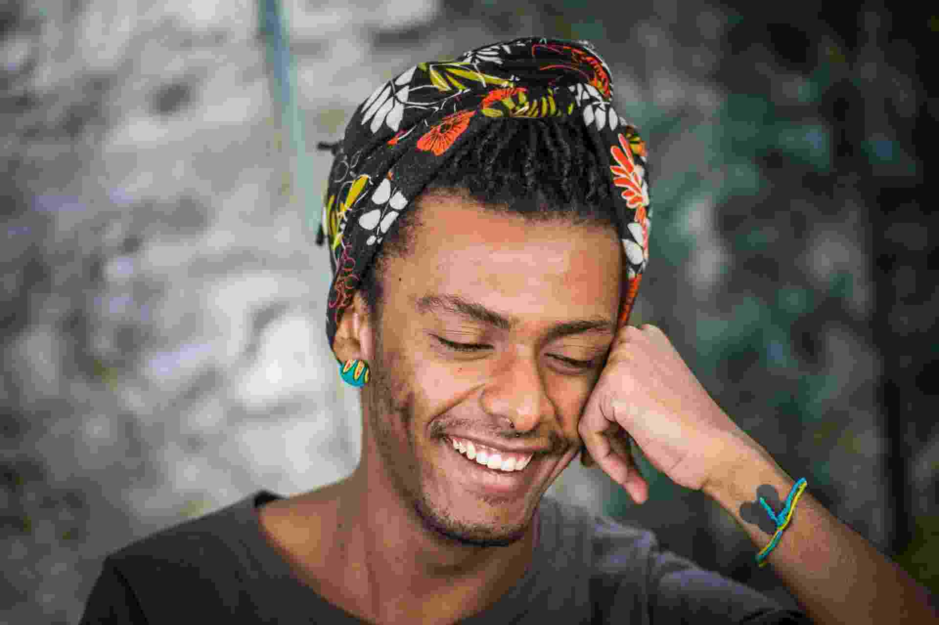 """Entrevista com o cantor Liniker, sobre o lançamento do novo álbum de trabalho """"Remonta"""" - Edson Lopes Jr./UOL"""