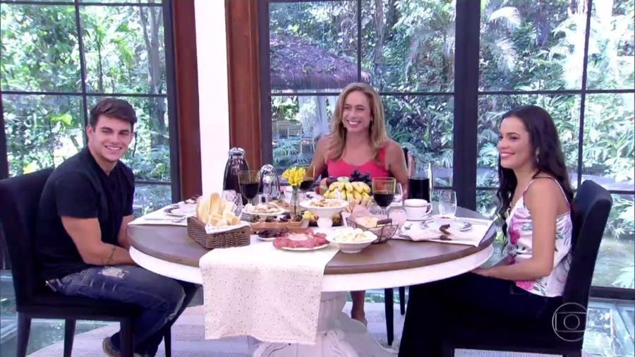 """Antônio e Mayla, do """"BBB17"""", tomam café da manhã com Cissa Guimarães no """"Mais Você"""" - Reprodução/TV Globo"""
