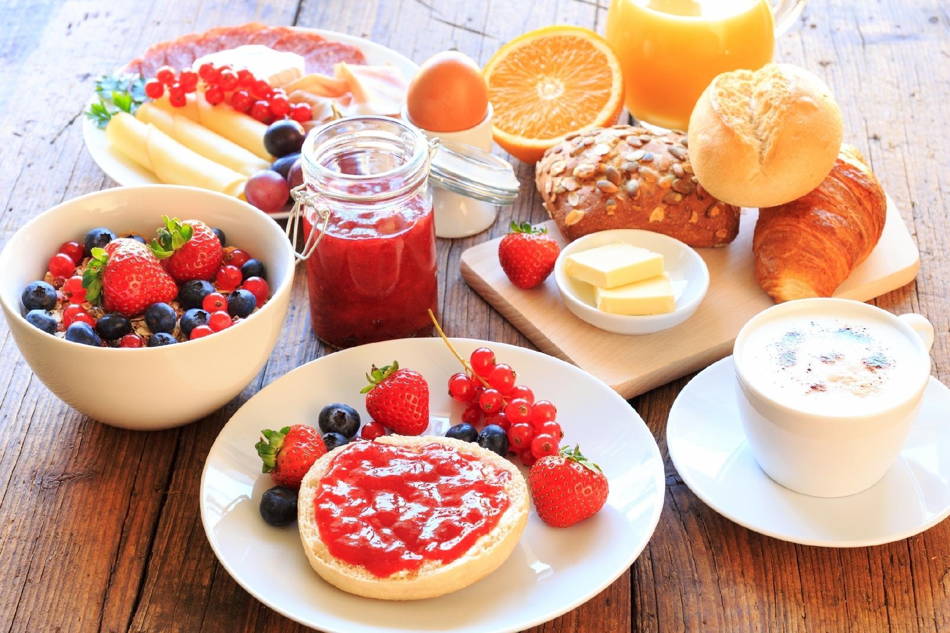 Tomar café da manhã é fundamental  veja 7 opções de cardápios saudáveis -  10 02 2017 - UOL VivaBem 8d177fccd601a