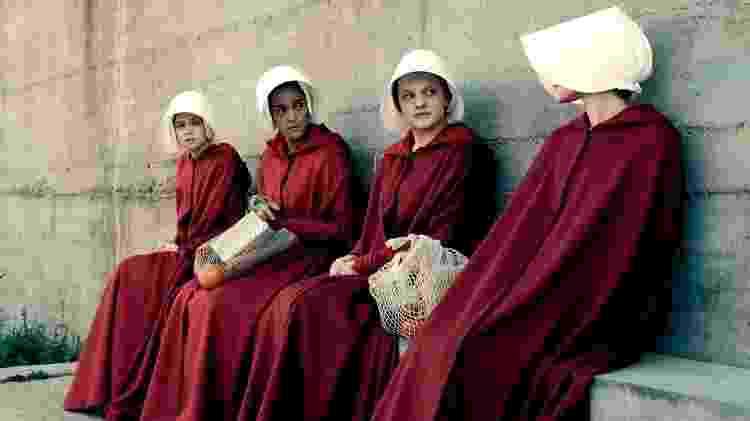 """Cena da série """"The Handmaid's Tale"""", com Elizabeth Moss  - Divulgação/Hulu  - Divulgação/Hulu"""
