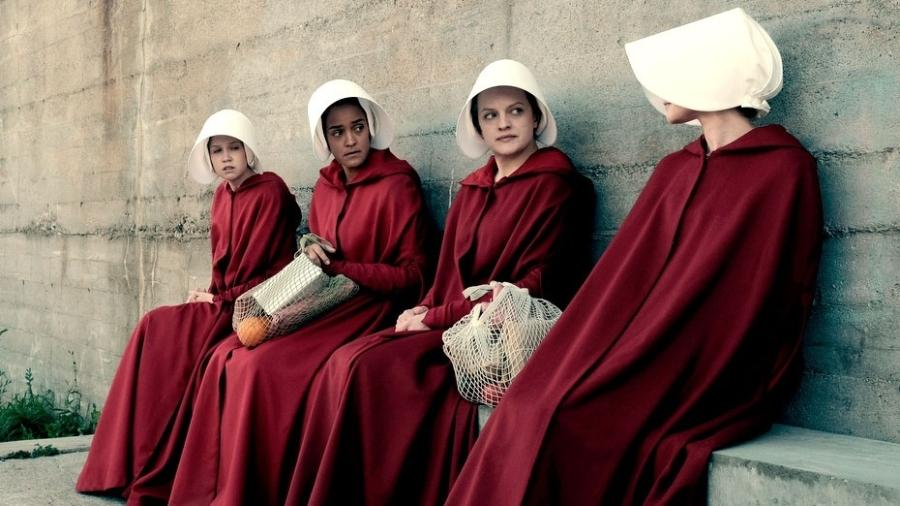 """Cena da série """"The Handmaid""""s Tale"""", com Elizabeth Moss  - Divulgação/Hulu"""