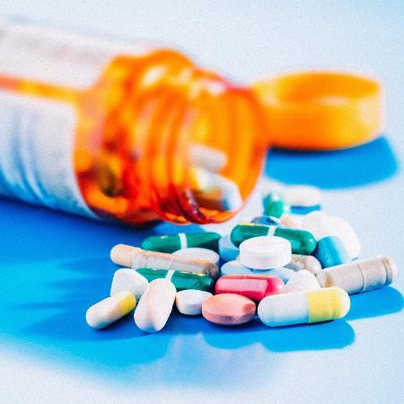 O uso indiscriminado e prolongado de corticoides leva a uma série de efeitos colaterais e pode gerar dependência - iStock