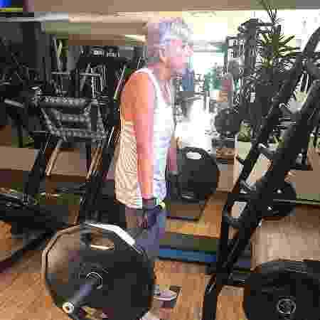 Sandra apostou na musculação para lidar melhor com os sintomas de Parkinson - Arquivo pessoal