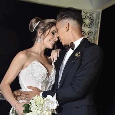 Roberto Firmino e Larissa Pereira - Reprodução/Instagram