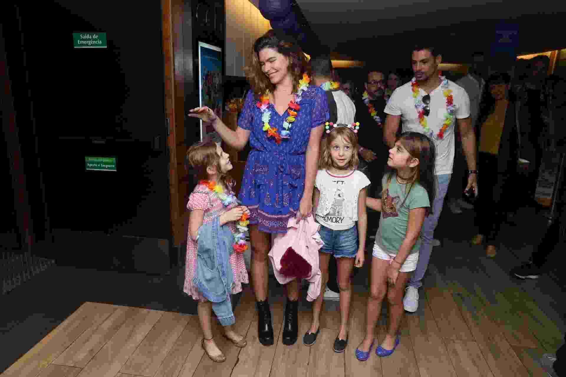 Mariana Goldfarb e Cauã Reymond levaram Sofia à pré-estreia - Anderson Borde/AgNews