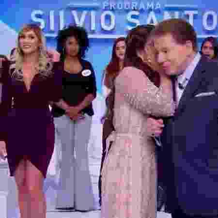 """Silvio defende Mara e ataca Lívia: """"Ninguém sabe se é casada ou 'sapatão'"""""""