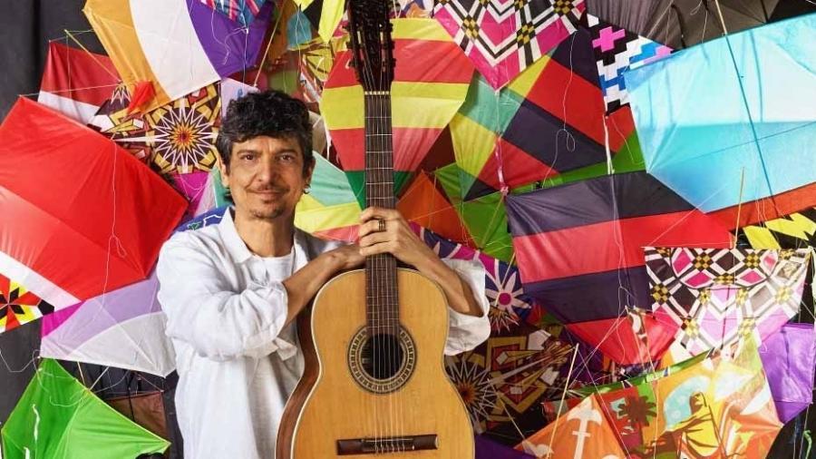 """Pedro Luís lança o single e clipe de """"Juventude Transviada"""" - Nana Moraes"""
