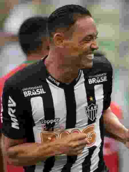 """O Atlético Mineiro, do atacante Ricardo Oliveira, será o primeiro brasileiro a entrar em campo pela """"Libertadores"""" - Marcelo Alvarenga/AGIF"""