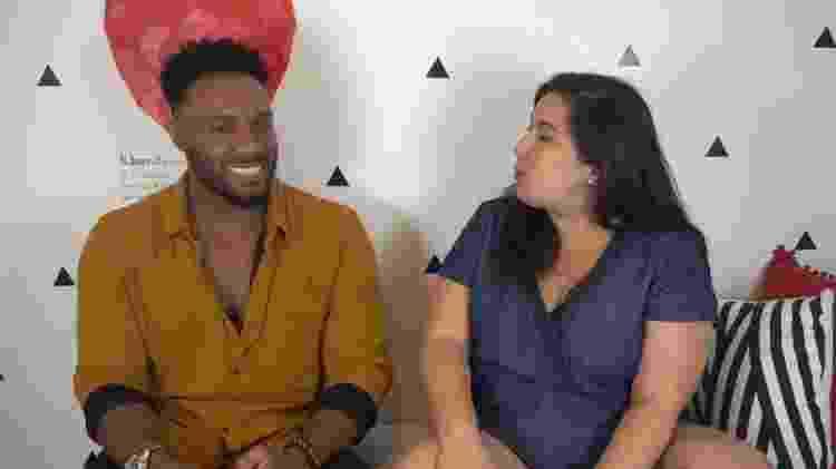 Mariana ao lado do amigo, Fred Nicácio - Reprodução / Youtube