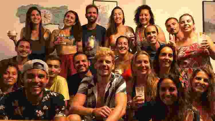 """12 brasileiros, dois ingleses, um chileno e uma portuguesa: os """"quarenteners"""" que Danniel reuniu - Arquivo pessoal - Arquivo pessoal"""