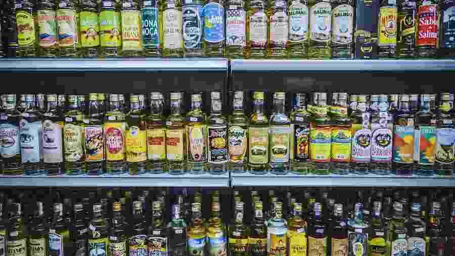 Crescimento acelerado do mercado ilegal faz setor de bebidas destiladas temer mais prejuízos - Juelie Koba/Getty Images/iStockphoto